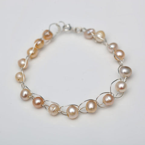 Pearl Crochet Bracelet (Single Row)
