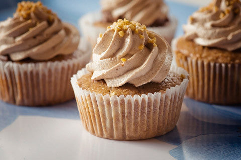 Cashew cupcakes med cashew frosting