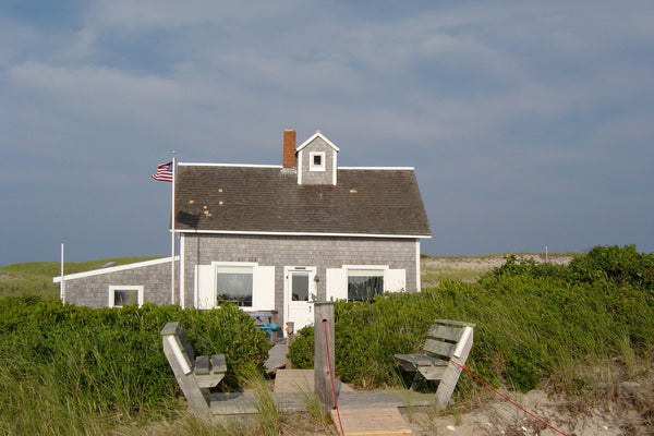 Characteristics of a True Beach House (They're Not What You Think)