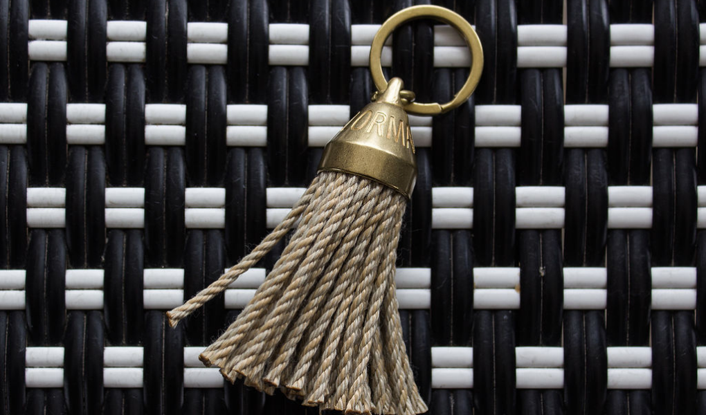 sailormade guest house rope tassel keychain in brass