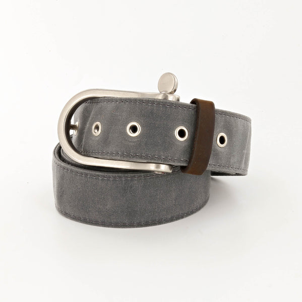 Lookout Waxed Cotton Belt with Shackle Buckle in Charcoal Gray