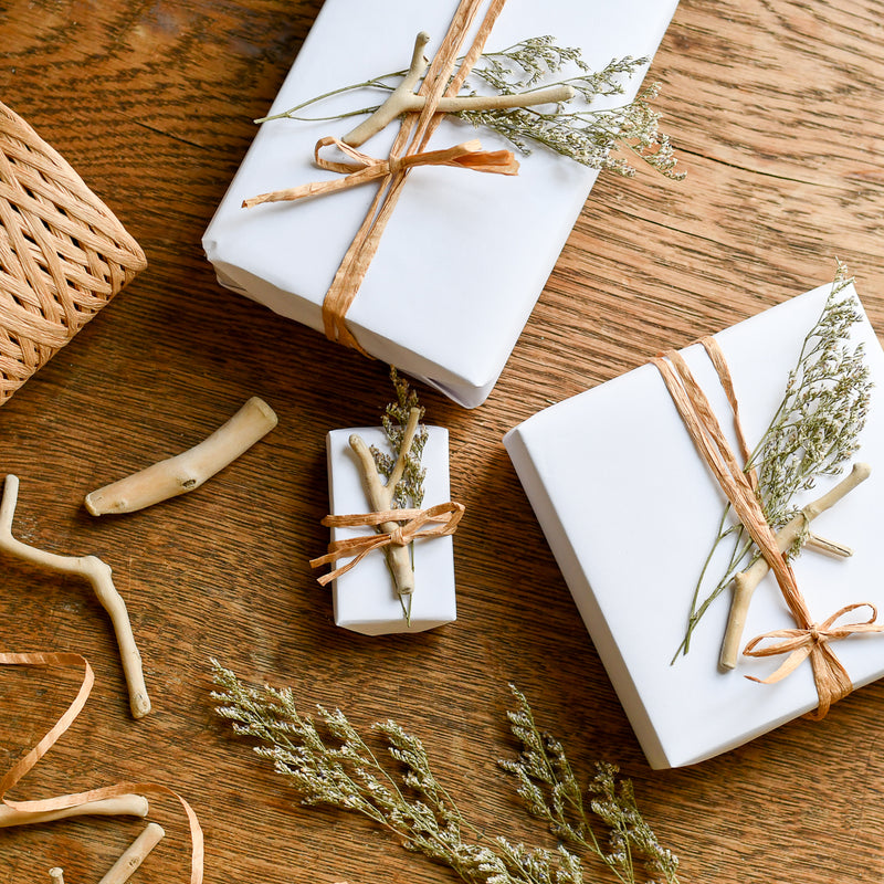 beachy holiday gift wrap