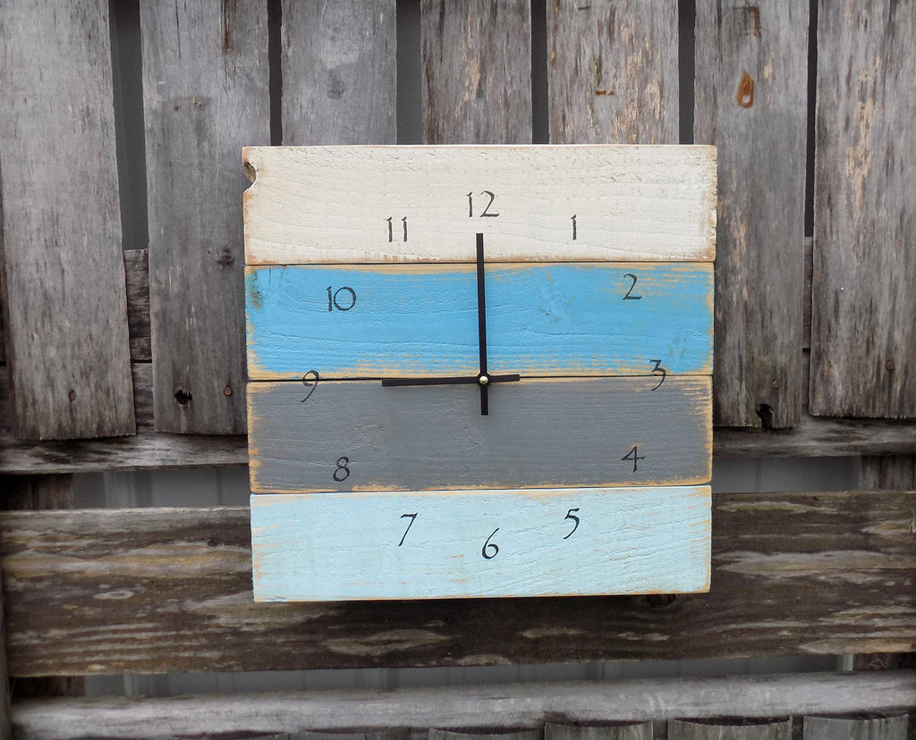 Distressed Beach Blues Pallet Clock - The Pallet Doctor