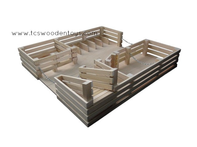 CL12 Wooden Toy Folding Corral Stockyard with Ramp