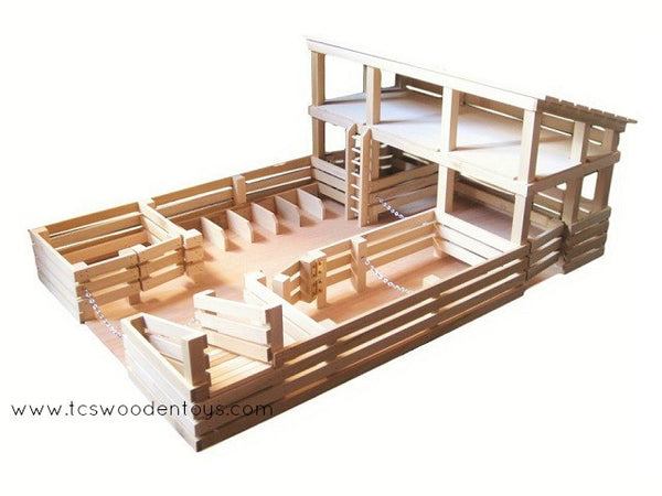 CL1 Toy Stockyard Corral with stalls-ramps-gates and large Loft