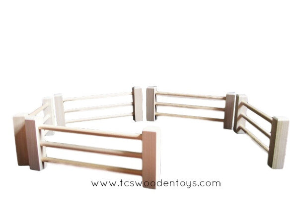 CL55 Pretend Play Farm Split Rail Fence Horses Animals Corral
