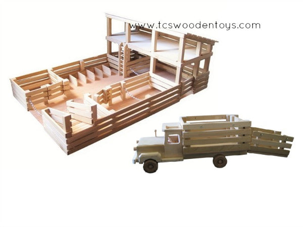 GS17 Wooden Toy Stockyard and Truck with Ramp