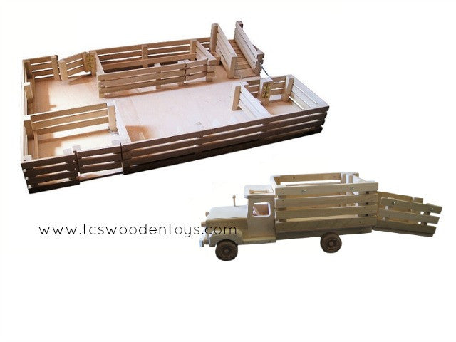 GS18 Wooden Toy Stockyard WITHOUT Loft and Truck with Ramp