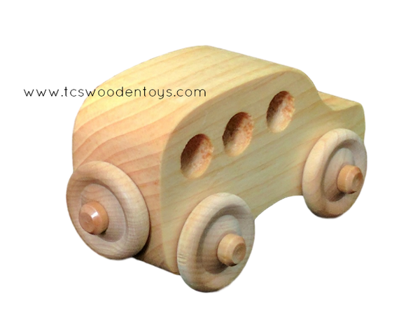 OWT30SW Wooden Toy Station Wagon Chunky Car_ RR view