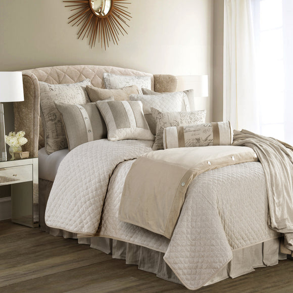 FB3900 Fairfield Bedding Set