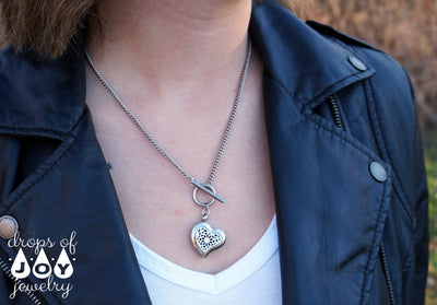 heart toggle diffuser necklace