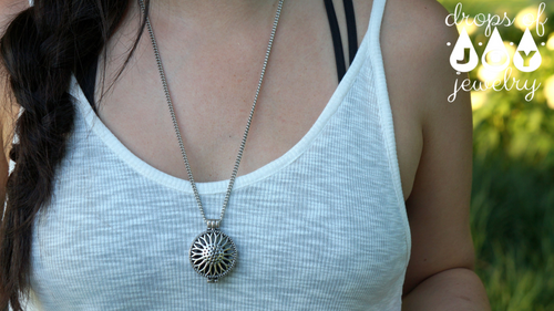 Diffuser Necklace - Sunflower - Drops of Joy Jewelry - 2