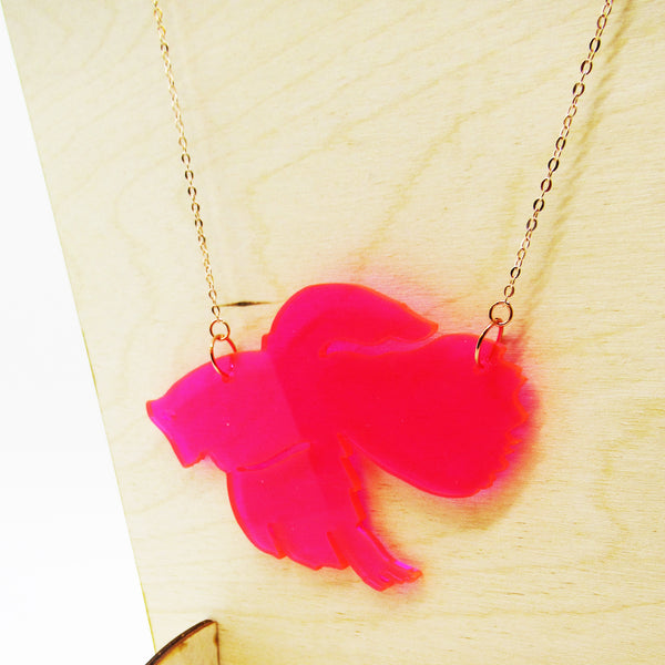 betta necklace