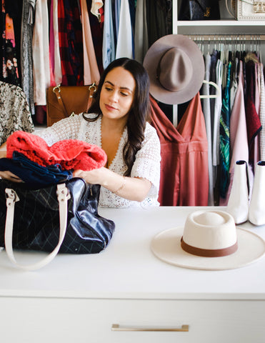 Bella V Boutique How it is Working with a Stylist