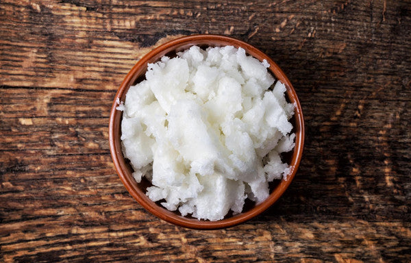 Lab Notes: Why Coconut Oil Should Be Your Go­-to Hair Product