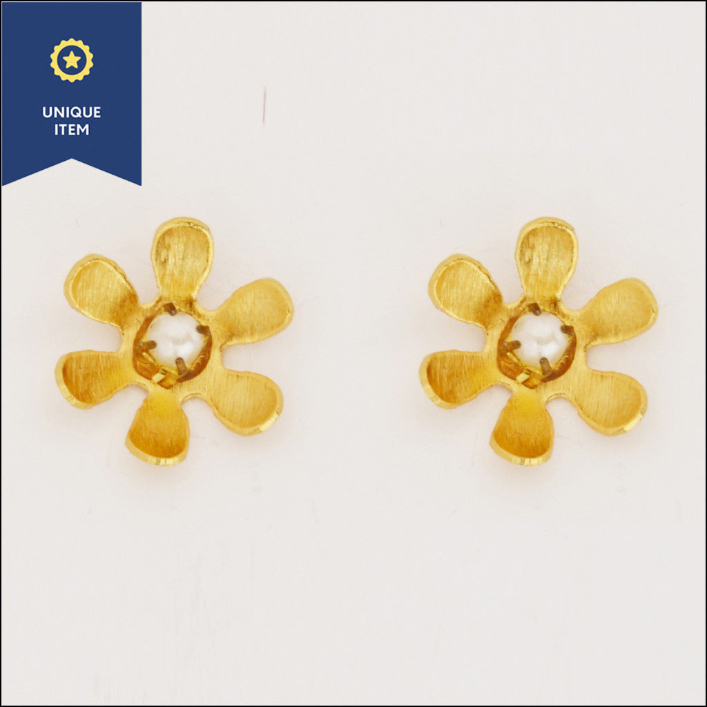 Mini Flower Pearls Earrings