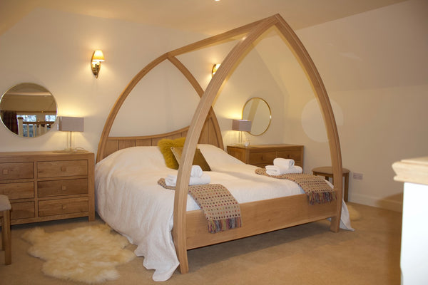 Four Poster Bed - Natural Light Oak