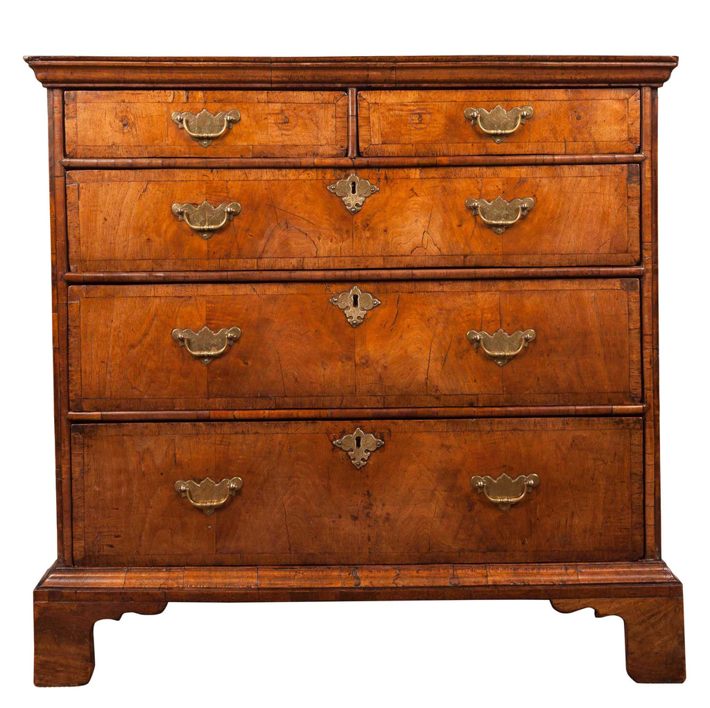 Queen Anne Period Walnut chest of Drawers