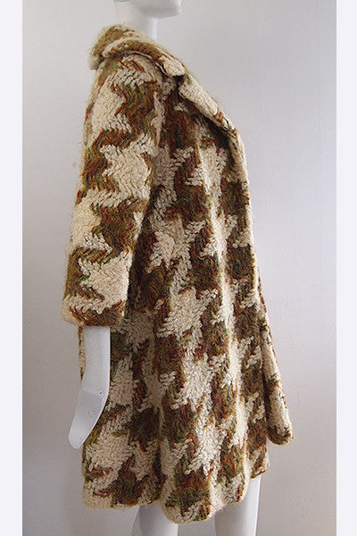 1950s Lilli Ann Over-sized Houndstooth Coat