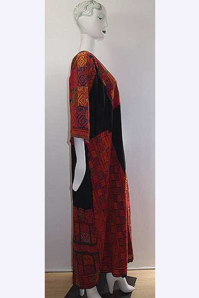 1950s Palestinian Embroidered Thobe - Kaftan