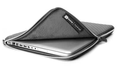 "Neoprene macbook-sleeve for 15"" MacBook Pro"