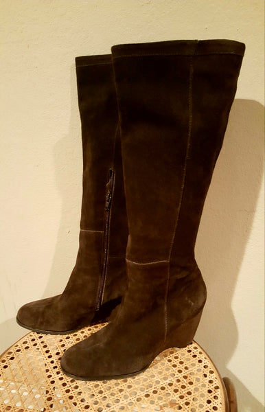 Franco Sarto Size 7 Brown Suede Wedge Boots