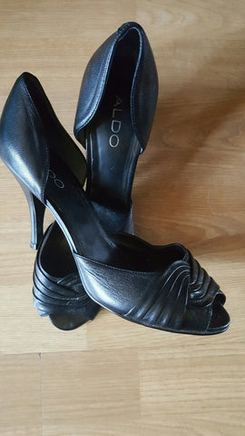 Aldo Leather Peep Toe Pumps Size 39 (8.5)