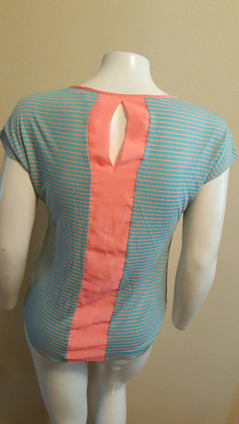 Coral and Aqua Size Large Shirt