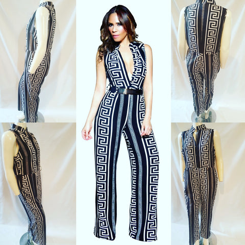 Black and White Print Jumpsuit Fits like Size XL (14/16) Tag Says 4XL