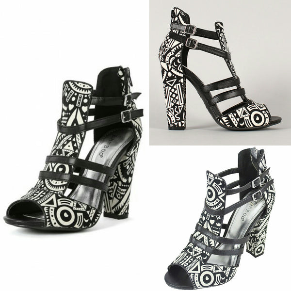 Bamboo Senza Tribal Print Black and White Sandals Size 8