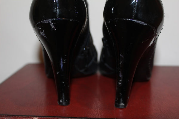 BCBGirls patent leather booties size 7.5M