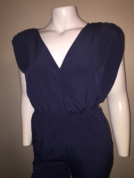 H & M Navy Jumpsuit Size 6 fits like a Size Medium