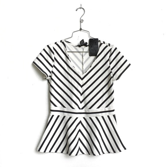 Black and White Striped Peplum Top by Jules and Leopold Size XL