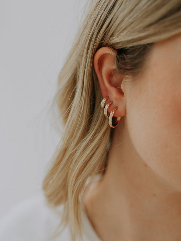 Ziggy hoops | 15mm | gold filled