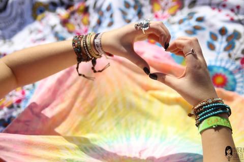 GUIDE TO AN ETHICALLY FASHIONABLE FESTIVAL SEASON AND SUMMER