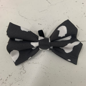 Curly Wurly - Grey Animal Print Bow Tie