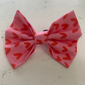 Love Hearts - Pink & Red Heart Print Bowtie