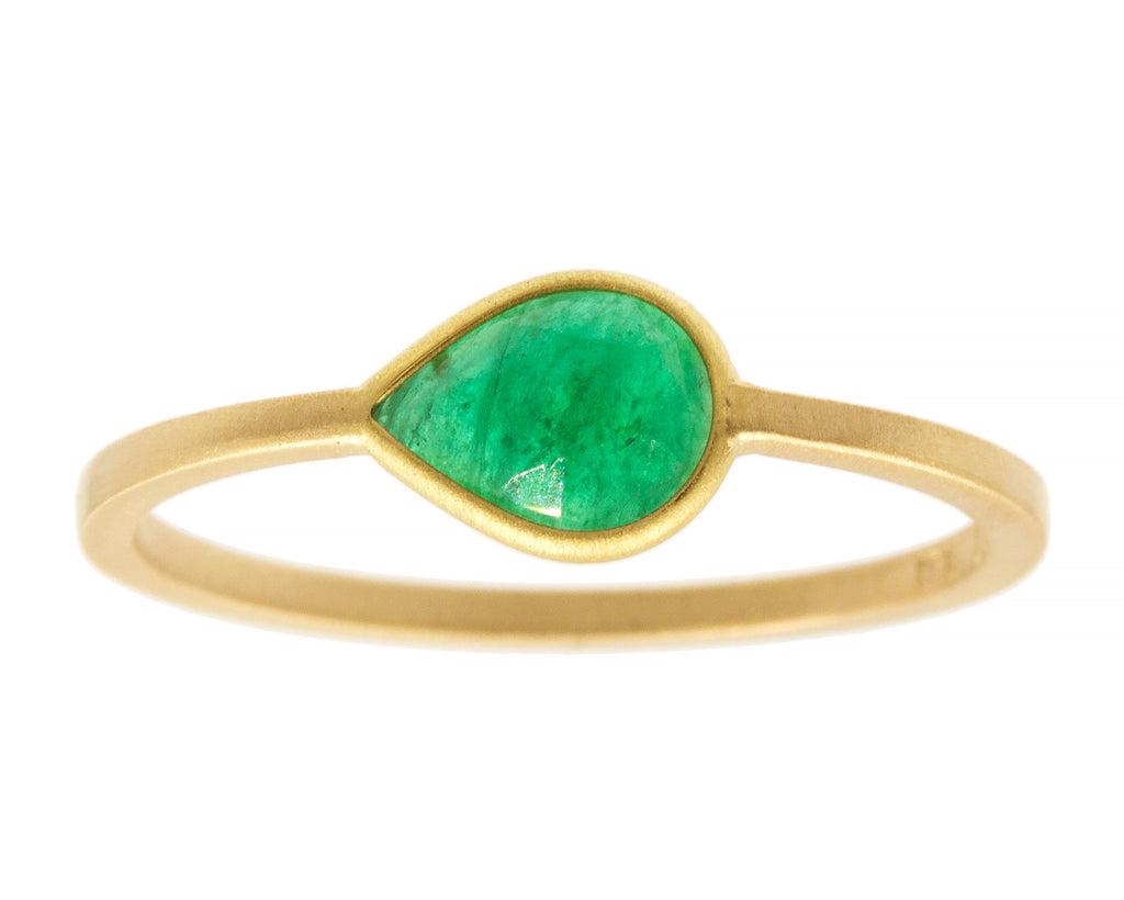 050carat Teardrop Colombian Emerald & Yellow Gold Ring