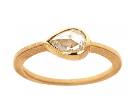 0.75ct Pear Rose-cut White Diamond & Yellow Gold Ring