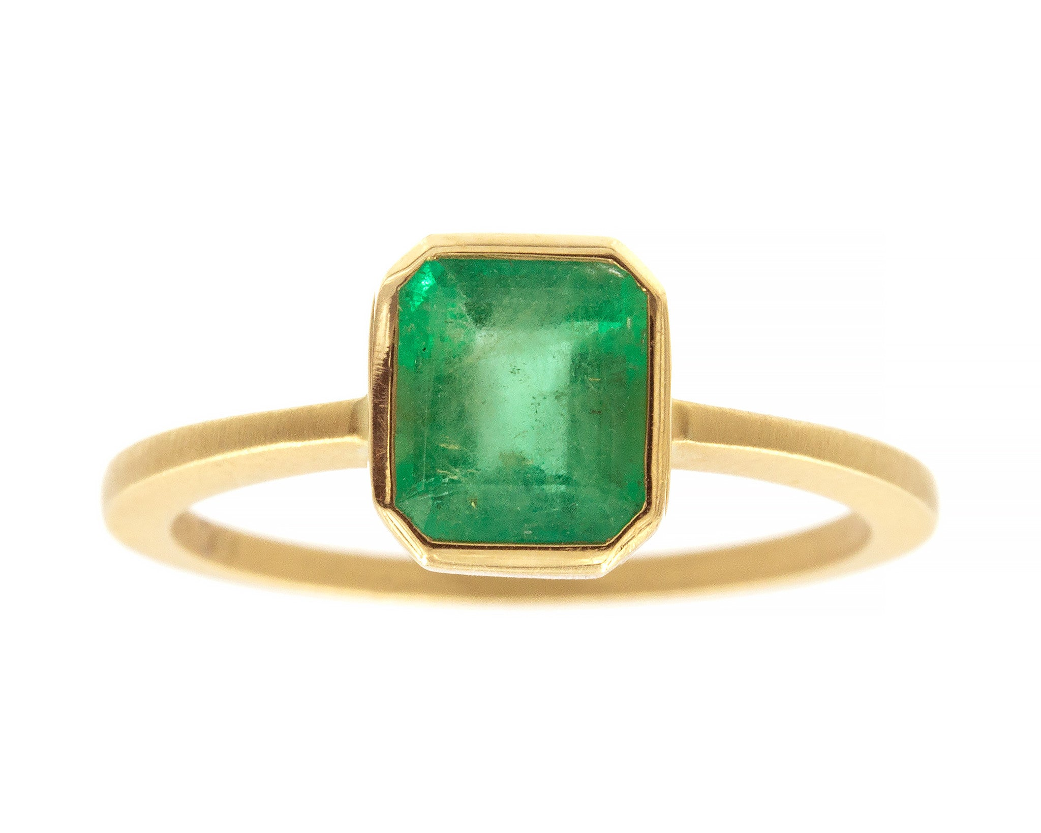 1.21ct Cushion Emerald & Yellow Gold Ring