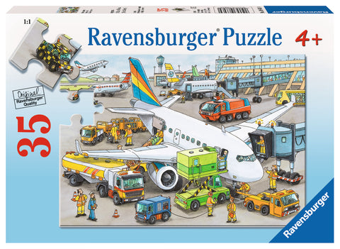 Ravensburger - Busy Airport Puzzle (35 pcs)