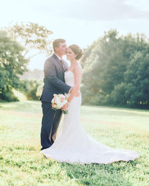 little miss lovely floral design // public landing snow hill maryland wedding // manda weaver photography