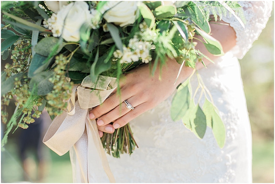 leah adkins photography // little miss lovely floral design // earl grey and ivory bridal bouquet
