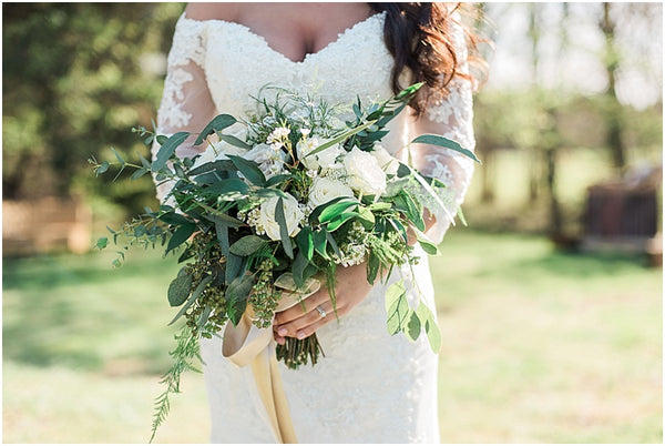 leah adkins photography // little miss lovely floral design // grey and green bridal bouquet