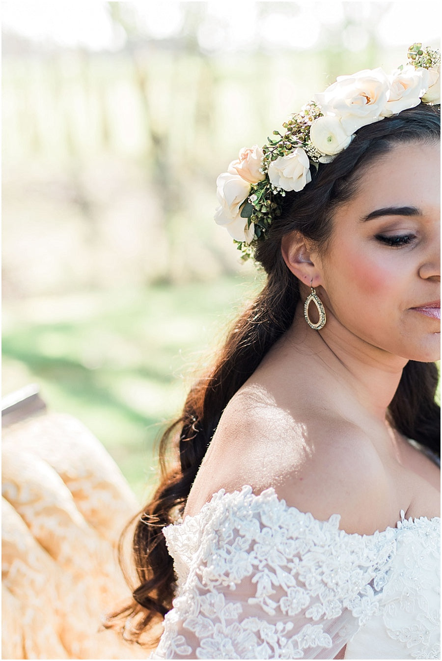 leah adkins photography // little miss lovely floral design // ivory and blush flower crown for bride