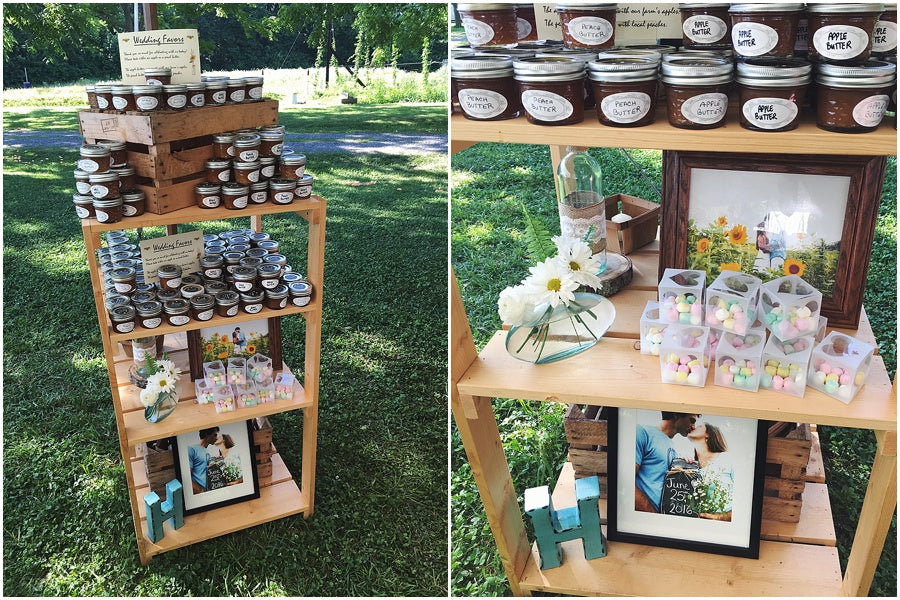 little miss lovely floral design // farm wedding peach apple butter gift favor display