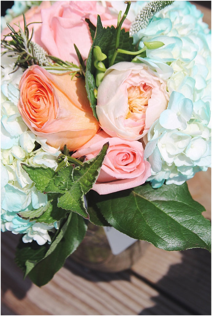 little miss lovely floral design // green hill country club wedding // teal hydrangea coral charm peony succulent bouquets