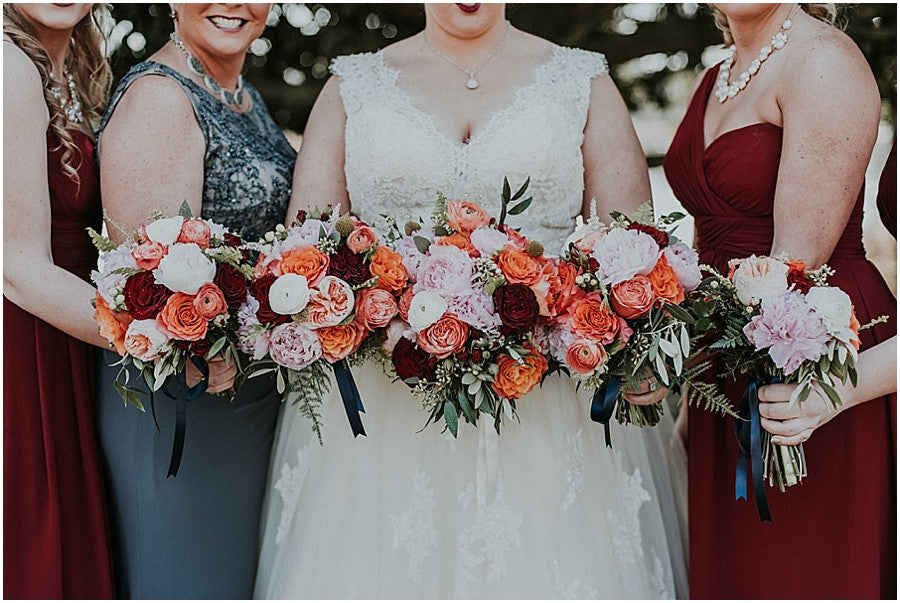 little miss lovely floral design // leah adkins photography // green hill country club wedding // burgundy coral and blush wedding flowers