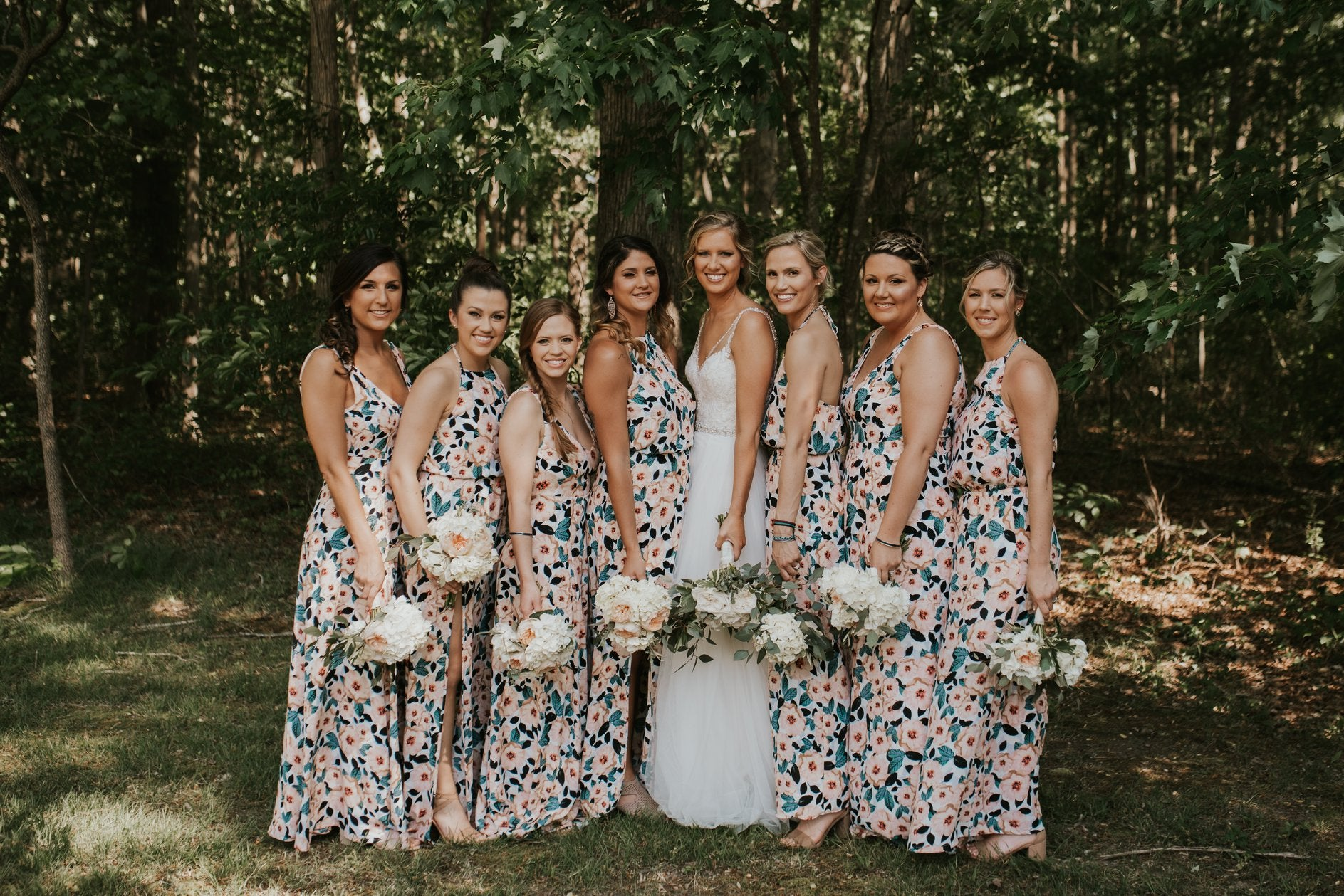 little miss lovely floral design // smokey hollow barn selbyville de wedding // ivory and greenery wedding flowers