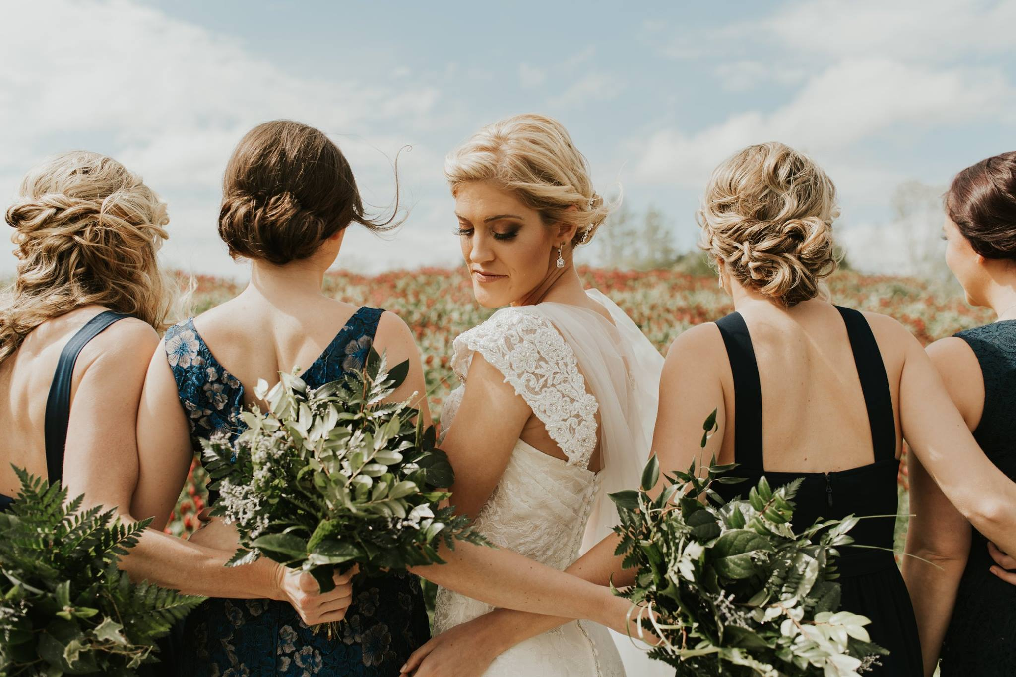 little miss lovely floral design // kylan barn wedding delmar md // greenery with ivory wedding flowers